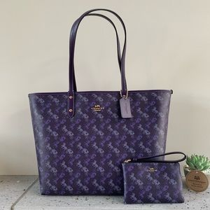 COACH REVERSIBLE CITY TOTE W/ HORSE AND CARRIAGE